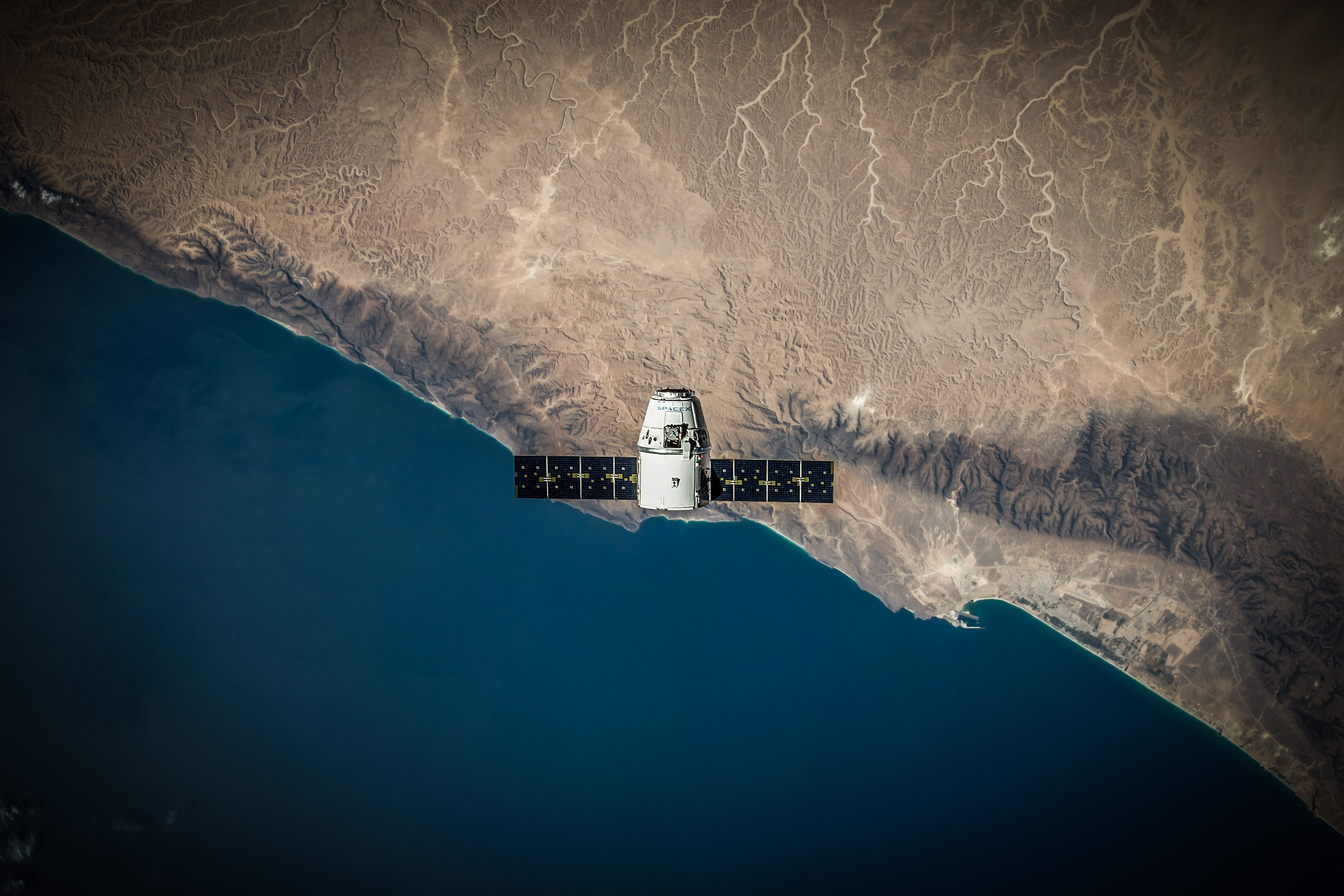 spacex-VBNb52J8Trk-unsplash